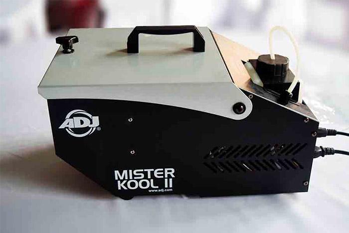 Veranstaltungstechnik, Nebelmachine mieten, Laser mieten in Berlin, leuchtende Weihnachtsdekoration mieten, Hochzeitsdekoration mieten, Emmerich Events