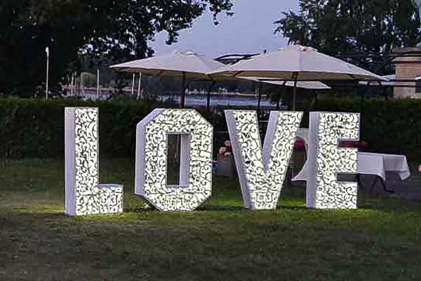 Love mieten, Love Hochzeit, Love Hochzeitadeko, Love Deko Verleih, XXL Buchstaben, XXL Love Buchstaben