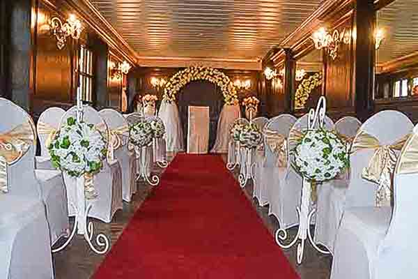 Teppich mieten in Berlin, Eventteppich Berlin, Hochzeitsdeko, Eventdeko, Emmerich Events, Deko-Verleih, Deko mieten