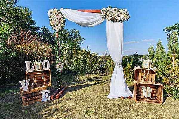 Traubogen mieten Berlin, Traubogen mieten, freie Trauung, Hochzeitsdekoration, Emmerich Events, Heiratsantrag Berlin, Trauung in Berlin
