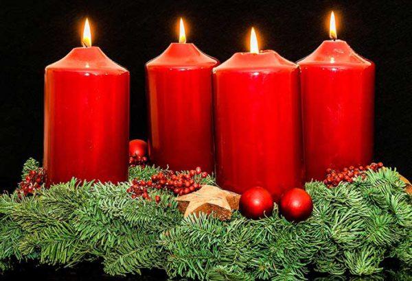 Adventskranz gestalten, Weihnachtskranz bemalen, die Weihnachtsfeier, Firmen Weihnachtsfeier, Weihnachtsevent, Weihnachtsevent, Teambuilding, Firmenfeier, Emmerich Events, Horror Events, Firmenevent