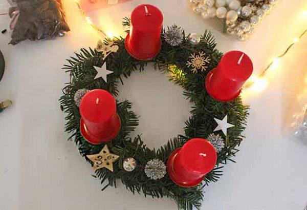 Adventskranz gestalten, Weihnachtskranz gestalten, die Weihnachtsfeier, Firmen-Weihnachtsfeier, Weihnachtsevent, Weihnachtsevent, Teambuilding, Firmenfeier, Emmerich Events, Horror Events, Firmenevents