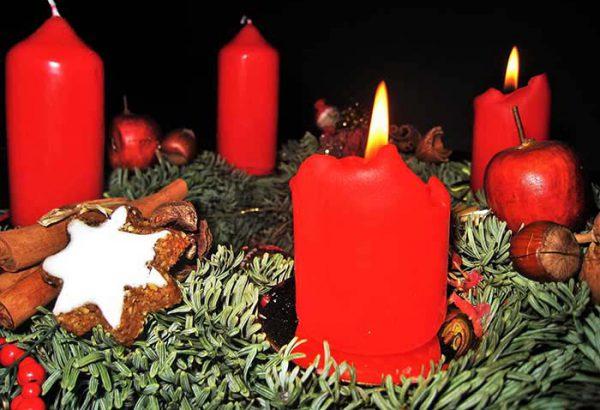 Adventskranz gestalten in Düsseldorf, Weihnachtskranz gestalten Düsseldorf, die Weihnachtsfeier, Firmen-Weihnachtsfeier, Weihnachtsevent Düsseldorf, Weihnachtsevent, Teambuilding, Firmenfeier, Firmenevent