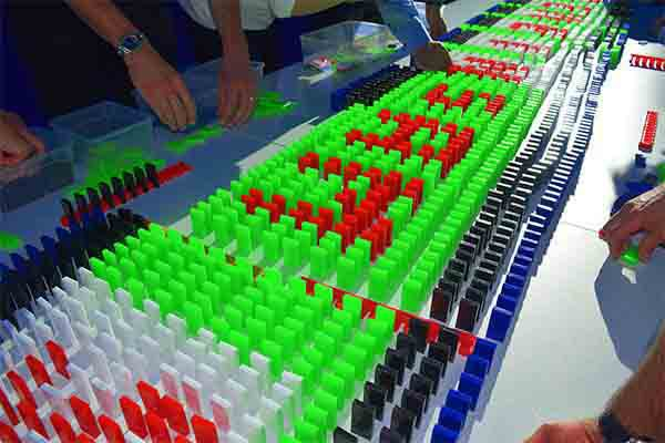 Domino Event Stuttgart, Domino Event in Stuttgart, Teamevent in Stuttgart, Teambuilding Events in Stuttgart, Firmenfeier in Stuttgart, Firmenevent in Stuttgart, Domino Stuttgart, Events Stuttgart