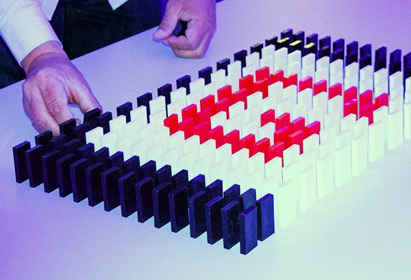 Domino Event in Hamburg, Domino Event Hamburg, Teamevent in Hamburg, Teambuilding Events in Hamburg, Firmenfeier in Hamburg, Firmenevent in Berlin, Domino Berlin, Events in Berlin