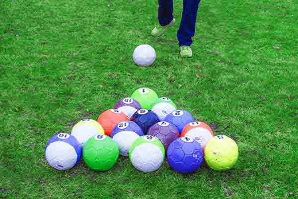 Fußball Billard Hannover, Fußball Billard Hannover, Teamevent in Hannover, Teambuilding Events in Hannover, Firmenfeier in Hannover, Emmerich Events in Hannover