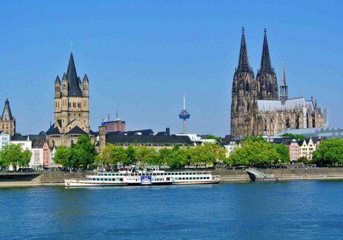 GPS Sightseeing Rallye in Köln, GPS Sightseeing in Köln, Teambuilding Events in Köln, Firmenevent in Köln, Firmenfeier in Köln, Emmerich Events in Köln, Köln Sightseeing
