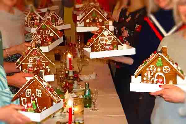 Lebkuchen bauen in Dortmund, Lebkuchen bauen, Weihnachtsfeier in Dortmund, Teambuilding Events Dortmund, Weihnachtsevents in Dortmund, Emmerich Events