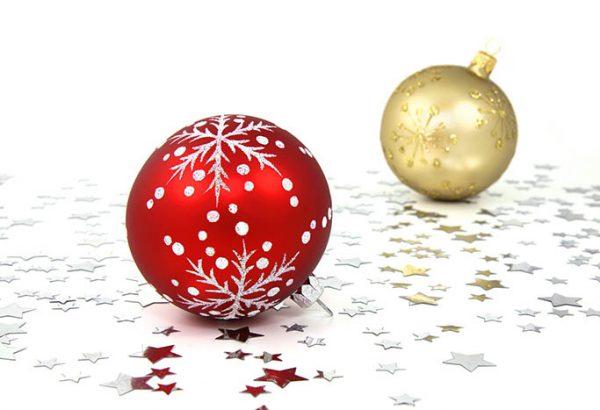 Weihnachtskugeln bemalen - die Weihnachtsfeier, Weihnachtsfeier, Weihnachtskugeln bemalen, Weihnachtsfeier Berlin, Weihnachtsfeier, Emmerich Events, Teamuilding Berlin, Firmenevents