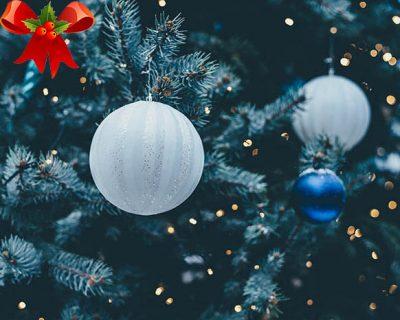 Weihnachtskugeln bemalen in Berlin - die Weihnachtsfeier in Berlin, Weihnachtsfeier Berlin, Weihnachtskugeln bemalen Berlin, Weihnachtsfeier München, Weihnachtsfeier, Emmerich Events Kopie