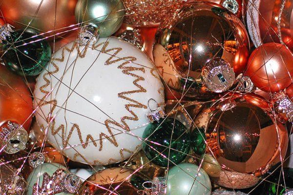 Weihnachtskugeln bemalen in Leipzig - die Weihnachtsfeier in Leipzig, Weihnachtsfeier Leipzig, Weihnachtskugeln bemalen Leipzig, Weihnachtsfeier Leipzig, Weihnachtsfeier, Emmerich Events